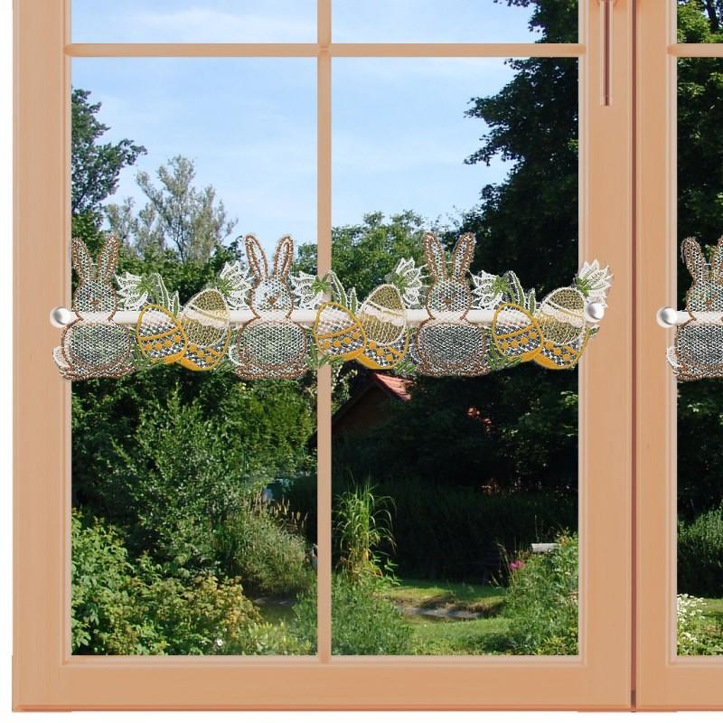 Feenhausspitze Osterhase am Fenstert