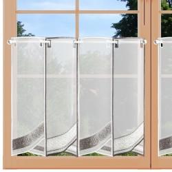 Scheibengardine Marlo grau/weiß am Fenster
