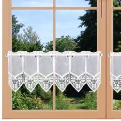 Scheibengardine Gretje weiß aus Plauener Spitze 22 cm am Fenster