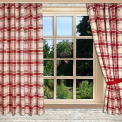 1 Set Dekoschals Fanni in rot kariert mit Reihband am Fenster