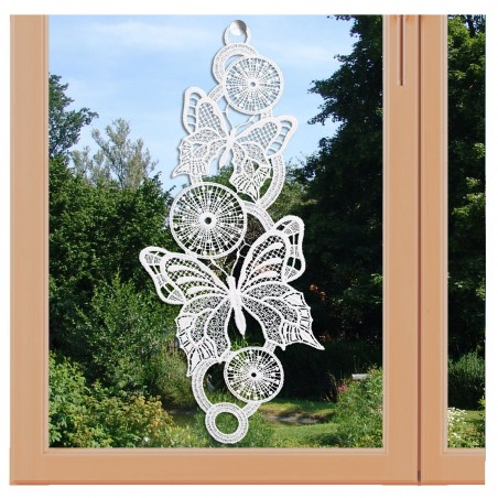 Fensterbild Frühling Schmetterlinge weiß Echte Plauener Spitze am Fenster
