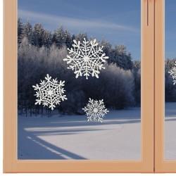 Fensterbilder Schneesterne Weihnachtsdeko aus Plauener Spitze weiß am Fenster