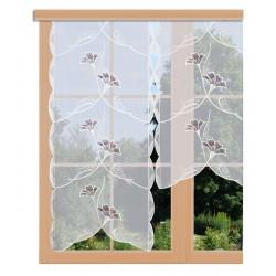 Scheibenhänger Ginko in weinrot aus Plauener Spitze am Fenster