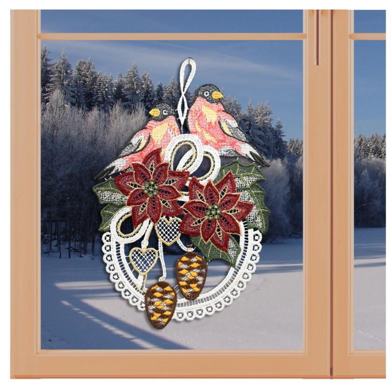 Klassisches Fensterbild Gesteck mit Christstern und Vögeln Weihnachtsdeko aus Plauener Spitze an einem Fenster