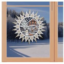Klassisches Fensterbild Stern mit Winterlandschaft Weihnachtsdeko aus Plauener Spitze an einem Fenster