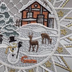 Klassisches Fensterbild Stern mit Winterlandschaft Detailansicht Stickerei