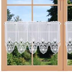 Scheibengardine Ria Voile am Fenster